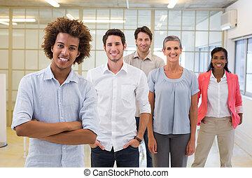 groep, het glimlachen, nok, werkmannen