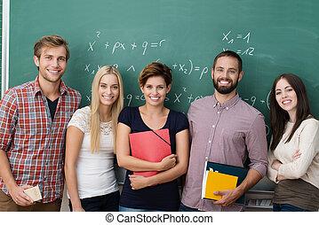 groep, van, jonge, multiethnic, scholieren