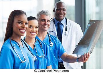 groep, van, medisch, werkmannen , aan het werk aaneen