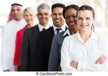 groep, van, multiracial, handel team, staand, in een rij