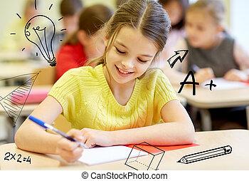 groep, van, school geitjes, schrijvende , test, in, klaslokaal