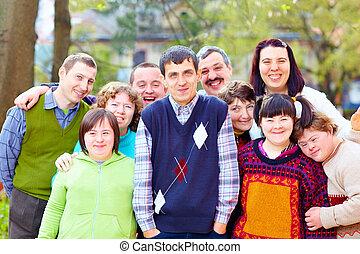 groep, van, vrolijke , mensen, met, onbekwaamheden