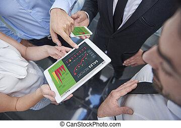 groep van zakenmensen, doen, marktonderzoek