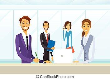 groep, zakenkantoor, mensen zittende, bureau