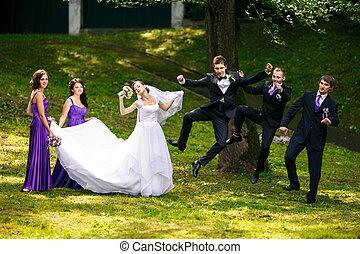 groomsmen, palefrenier, dames, saut, derrière, joli