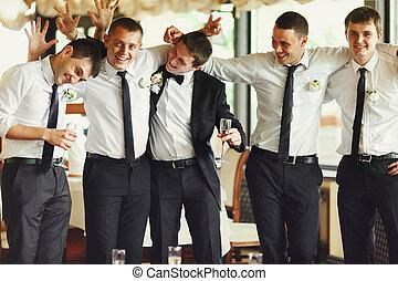 groomsmen, restaurant, palefrenier, quoique, poser,...