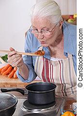 grootmoeder, cooking.