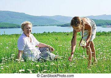 grootmoeder, grote granddaughter, weide