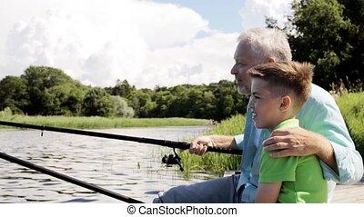 grootvader, en, kleinzoon, visserij, op, rivier, ligplaats