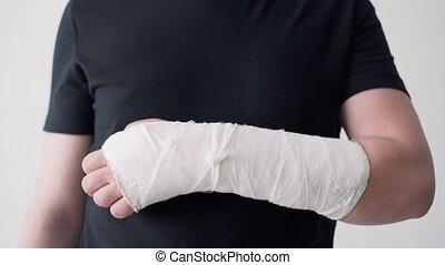 gros plan, gypse, tries, coude, main, sien, bandage., ...
