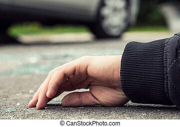 gros plan, personne, voiture, après, mort, main, collision, route