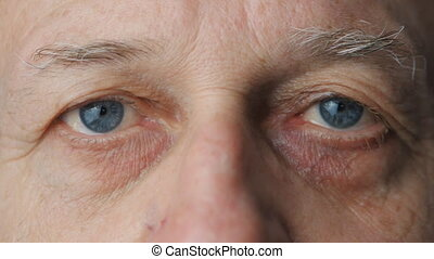gros plan, vieux, yeux, homme