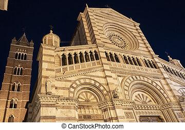 grosseto, cathédrale, nuit