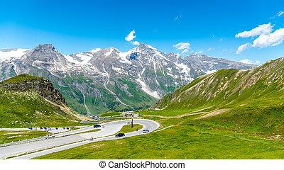 Grossglockner High Alpine Road, German: Grossglockner-...
