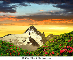 Grossglockner in the sunset, National Park Hohe Tauern, ...