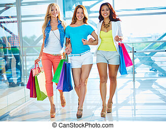 Group of shoppers - Portrait of happy girlfriends with...