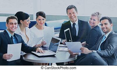 groupe, bureau, professionnels, réunion, heureux