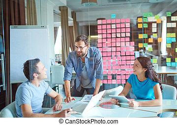 groupe, business, fonctionnement