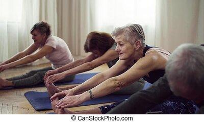 groupe, centre, gens, communauté, club., personne agee,...