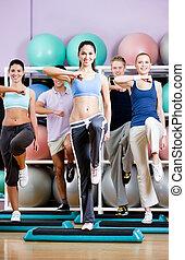 groupe, conseils, gens, gymnase, étape, exercice