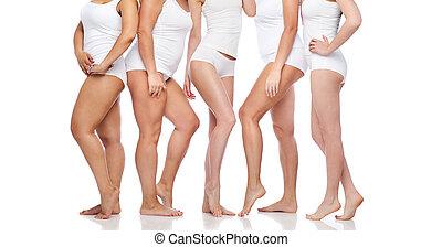 groupe, de, heureux, divers, femmes, dans, blanc,...