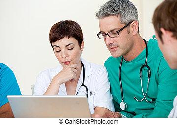 groupe, de, médecins, dans, a, réunion