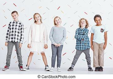 groupe, de, préadolescent, enfants