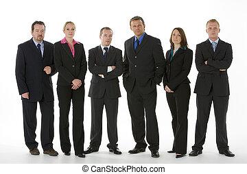 groupe gens affaires, tenir dans ligne