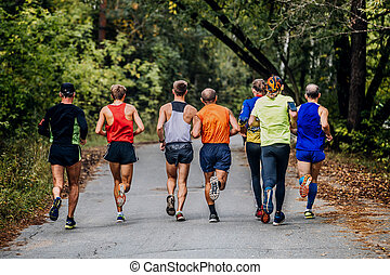 groupe, hommes, course, coureurs marathon
