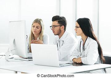groupe, information., monde médical, experts, ligne, discuter