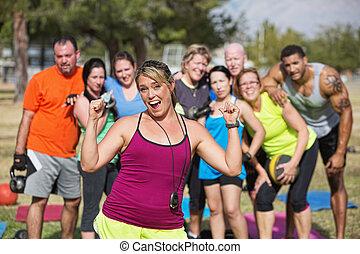 groupe, instructeur, fitness, enthousiaste