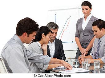 groupe, présentation, business, sérieux
