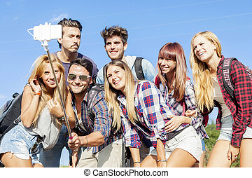 groupe, selfie, soi, crosse, portrait, amis, prendre