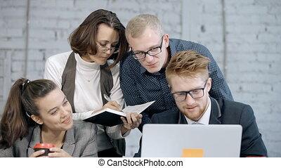 groupe, stratégie, planification projet, ligne, employé, nouveau, ou