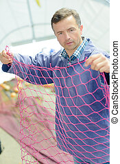 grower sorting out net