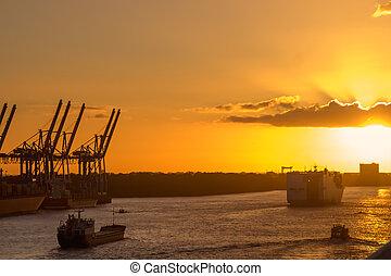 grues, port, coucher soleil