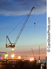 grues, site, construction, coucher soleil, temps, derrick