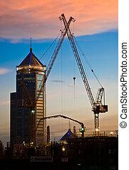 grues, site, construction, coucher soleil, temps, derrick
