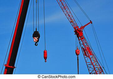 grues, site construction, rouges