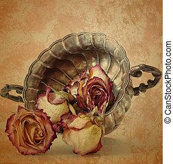 grunge, altes , rosen, in, silber, blumenvase, auf, weinlese, papier, hintergrund