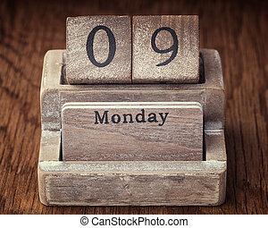 Grunge calendar showing Monday the ninth