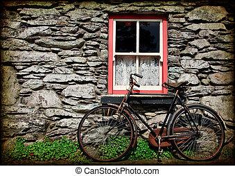 grunge, textura, rural, irlandés, cabaña, con, bicicleta