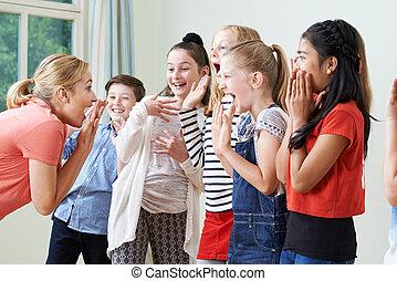 grupa, dzieci, razem, nauczyciel, dramat, cieszący się, klasa