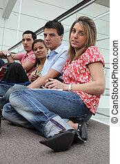 grupa, gaworząc, ludzie, młody, początek, klasa, przed