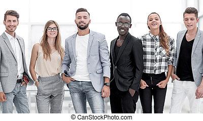 grupa ludzi, przed, niejaki, białe tło