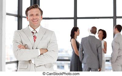 grupa ludzi, w, niejaki, handlowe spotkanie