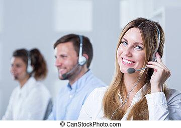grupa ludzi, z, słuchawki