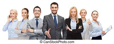 grupa, pokaz, do góry, kciuki, uśmiechanie się, biznesmeni