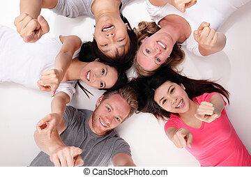 grupa, przyjaciele, szczęśliwy