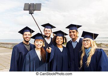 grupa, studenci, selfie, absolwenci, wpływy, albo, szczęśliwy